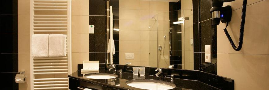 badezimmer neubau badezimmer aufteilung am besten abbild. Black Bedroom Furniture Sets. Home Design Ideas